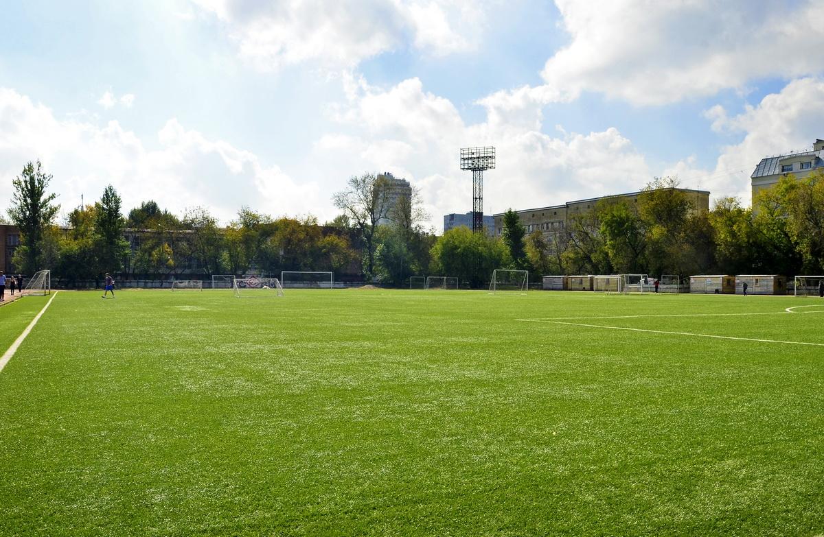 автомобилист стадион москва секция футбола