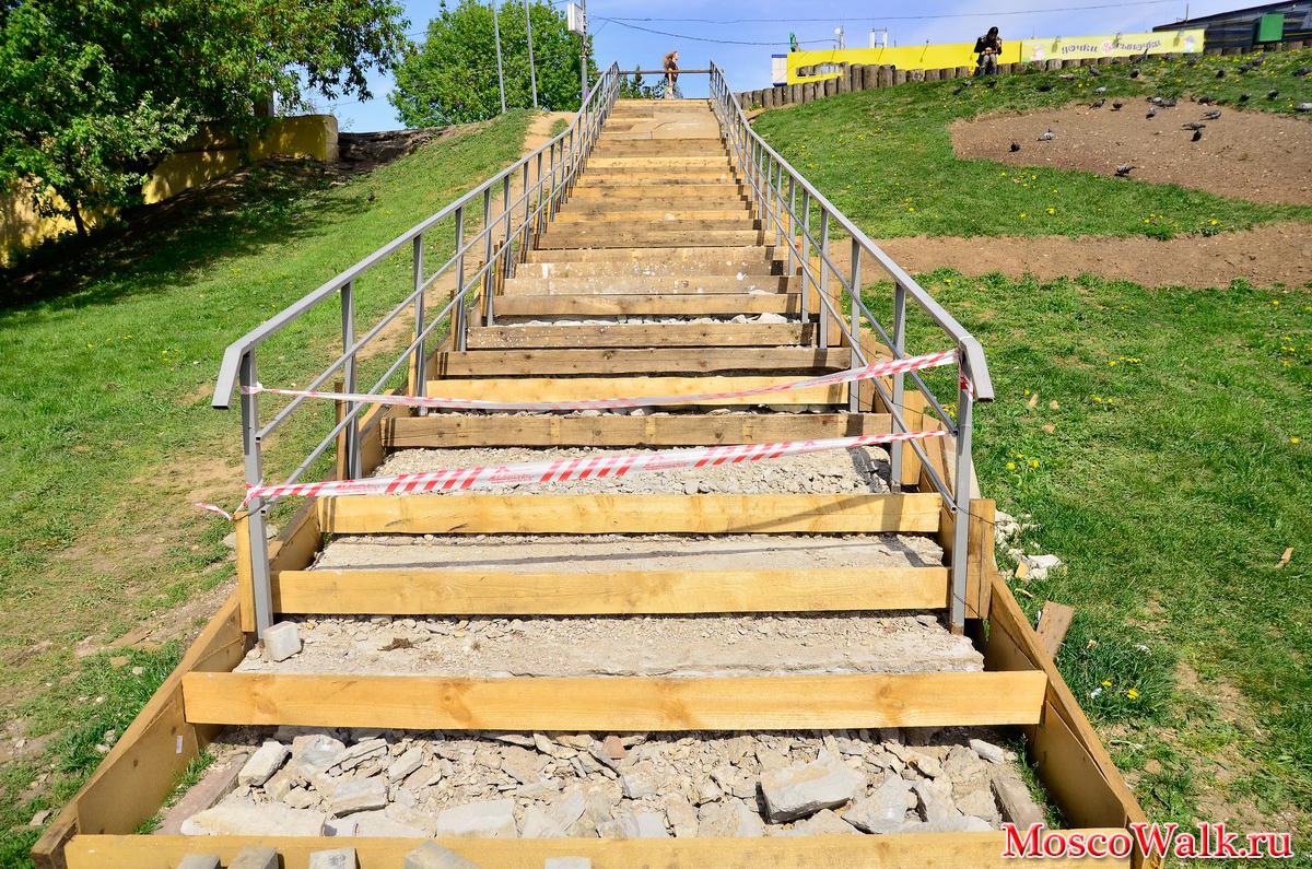 Лестница к озеру своими руками 85