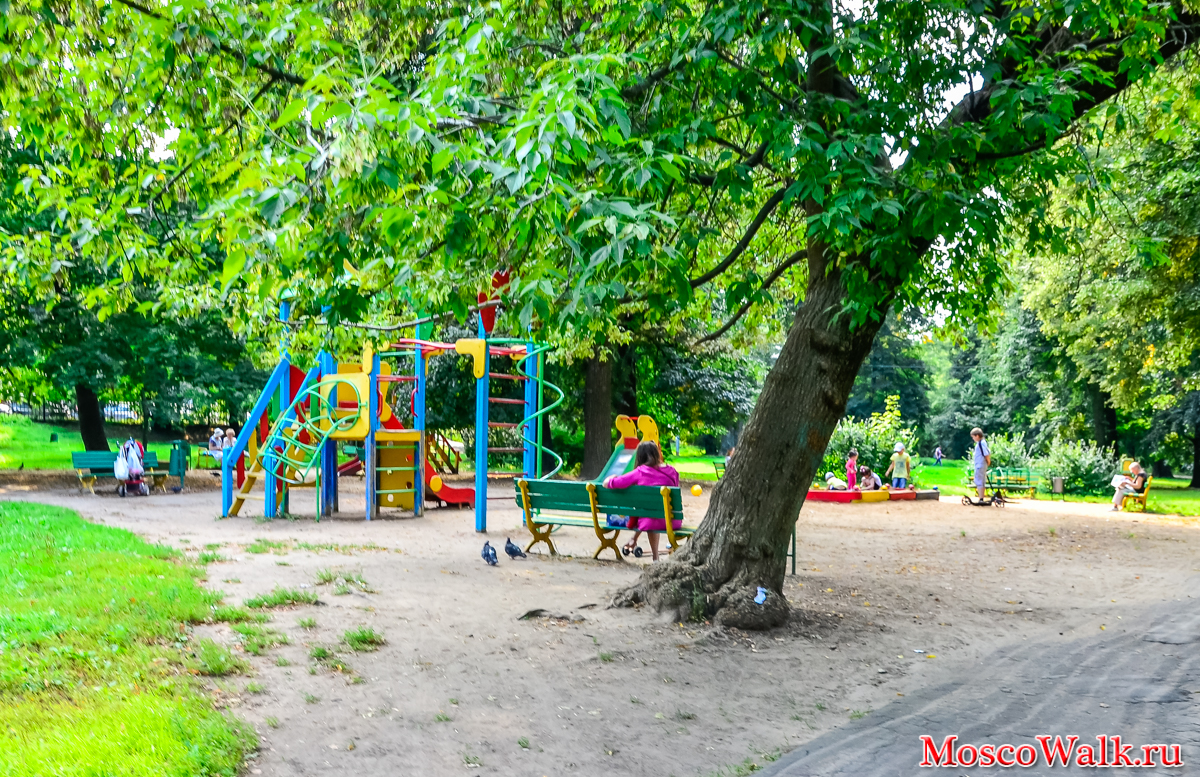 Grachevsky Park in Khovrino: a recreation area with an unusual history 68