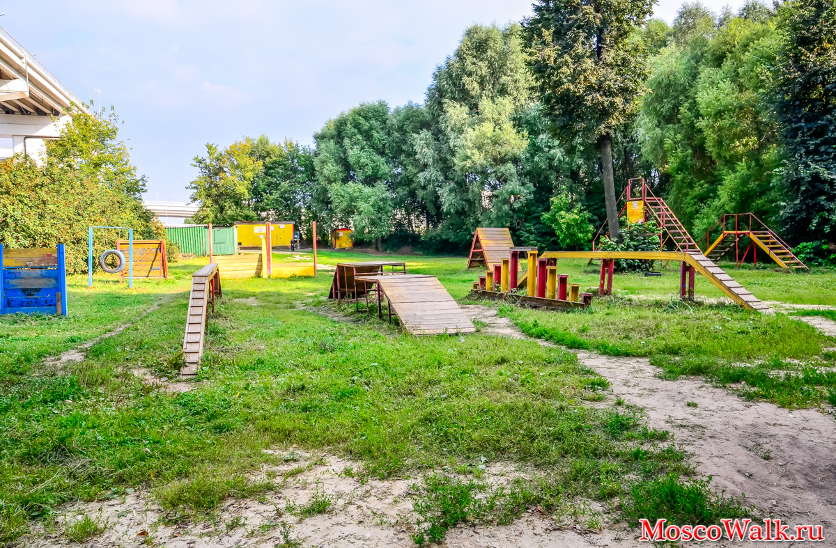 Grachevsky Park in Khovrino: a recreation area with an unusual history 44