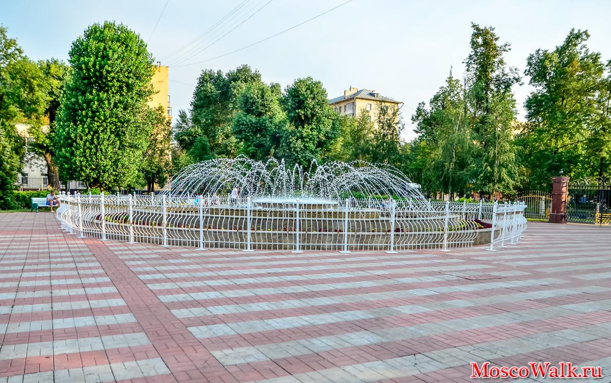 Мемориальный одиночный комплекс из двух видов гранитов Камешково